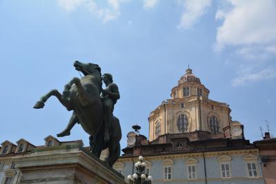 トリノ 市立古典美術館、エジプト博物館、カリニャーノ宮殿などを巡りました。