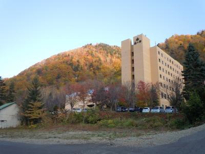 紅葉の札幌・定山渓温泉 (1) ホテル森の謌