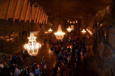 世界一美しい礼拝堂 を見に ヴィエリチカ岩塩抗 へ 行きましょう♪ + シンドラー工場 + カジミエシュ地区