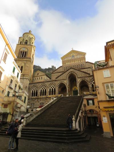 アマルフィ_Amalfi  かつては中世の海洋都市国家!ギリシア神話からその美しさを認められた海岸線の町