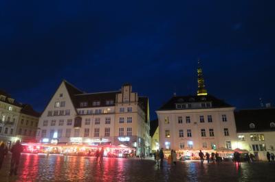 夜のタリン旧市街