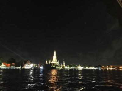 タイ バンコクⅢ ワットアルン ライトアップ夜景