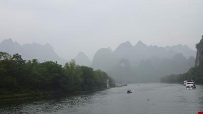 特別運航の貸切遊覧船で美しき桂林・漓江くだり5日間(34) 4ッ星遊覧船で漓江下り その2。