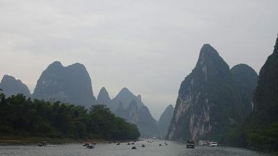 特別運航の貸切遊覧船で美しき桂林・漓江くだり5日間(36) 4ッ星遊覧船で漓江下り その4。