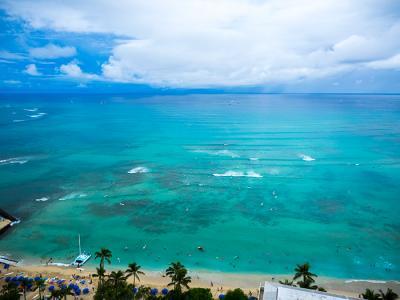 B'z PARTY Presents B'z Pleasure in Hawaii 1日目 「サクララウンジ」~「ハワイアンアロマカフェ」~「ハイアットリージェンシーワイキキ」~「アロヒラニリゾートワイキキ」~「クイーンカピオラニホテル ノッツコーヒー」~「ハーツレンタカー」~「ZIGU」~「スカイワイキキ」~「カラオケ」
