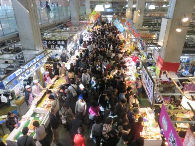 再び俵山温泉に行く!その後、唐戸市場に戻り、観光客に交じって海鮮丼。