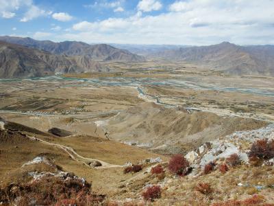 チベット旅行(8,000m峰五座大展望)4日目 工布江达具(ゴンボギャムダ)⇒ガンデン寺⇒拉薩(ラサ)