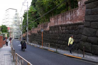 『35mmでいく東京散歩』 文京区本郷周辺 名曲喫茶麦から無縁坂へ