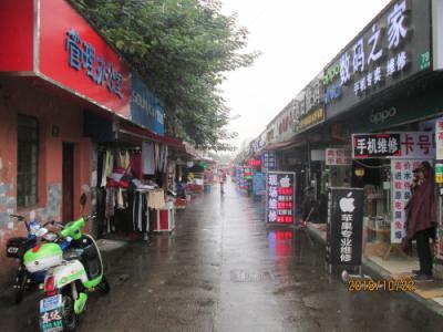 上海の川沙古鎮・新源路商業街・市場