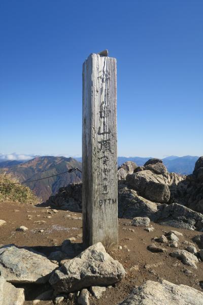 2018年10月 日本百名山63座目となる谷川岳(たにがわだけ、1,977m)を登りました。