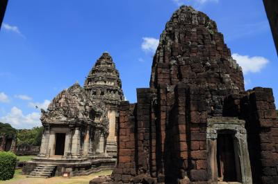 タイのアンコールワット・ピマーイ遺跡