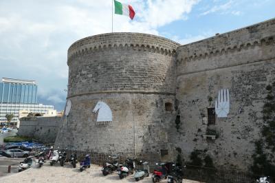南イタリア、ガッリーポリとレウカを見る