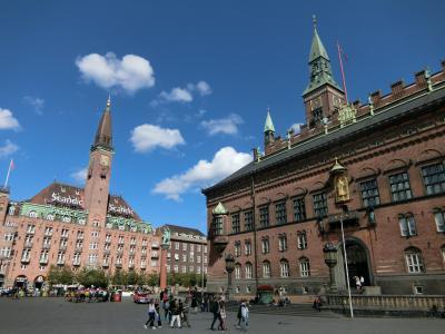 コペンハーゲン【市庁舎前広場~人魚姫の像】