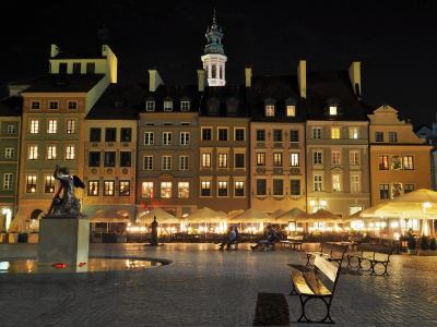 ひかえめな美しさを味わう・・・ポーランド ⑰ ★ワルシャワ旧市街をちょっとだけ・・・& Castle Inn★