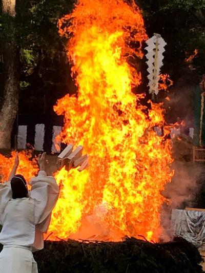 2018年11月 伏見稲荷大社 火焚祭にいってきました。(メラメラスロー動画見てください)