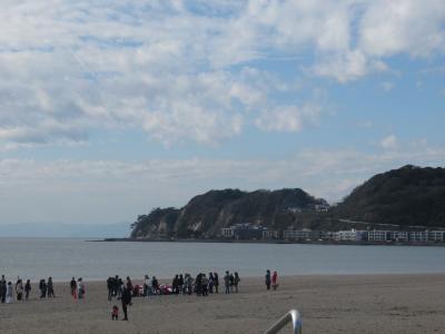 鎌倉の海岸ウォーキング旅(1)鎌倉駅からレトロな路地裏商店街を抜けて由比ガ浜まで