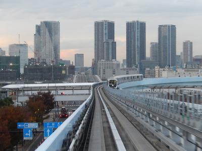 国際展示場正門~豊洲までのユリカモメから見られる黄昏時の風景