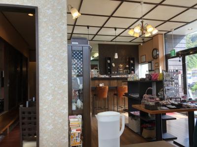 ランチを食べに喫茶&洋風居酒屋40で