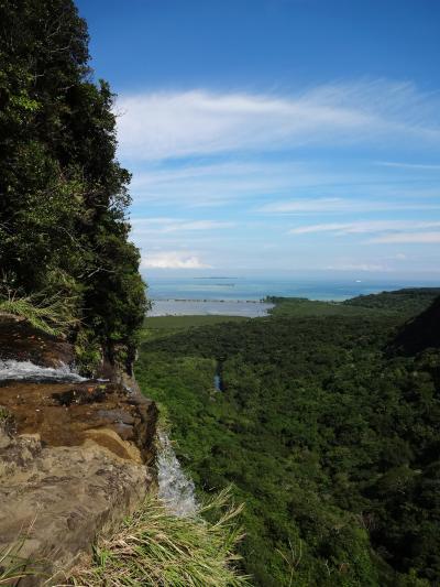 八重山ひとり旅 ー ピナイサーラの滝 上も下も行くのです ー