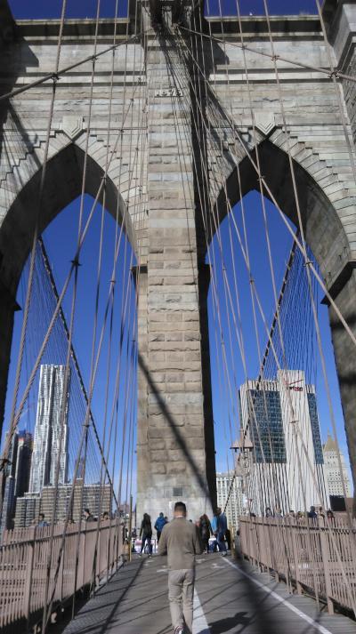 ☆ 秋色ニューヨーク・ №3 フェリーでダンボまで行って、ブルックリン橋を渡る ☆