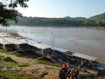 バンコク・チェンマイ・ルアンパバーン 3週間の一人旅 スローボートでメコン川