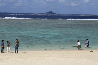 人気の瀬底ビーチ