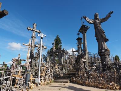 麗しき田舎バルト三国&ついでのフィンランド(5) シャウレイ十字架の丘