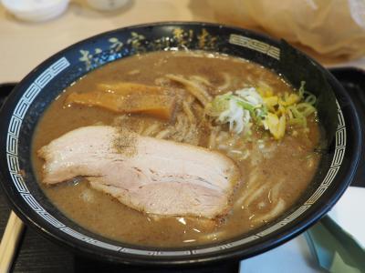 富田製麺の濃厚中華そばが食べたくて、木更津アウトレットへ