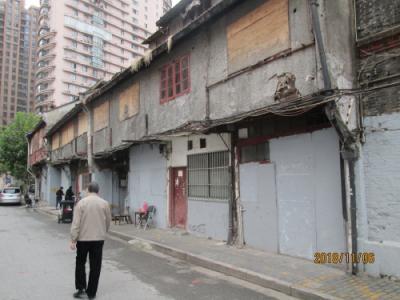 上海の唐家湾路・地元商店街・再開発