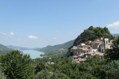 美しき南イタリア旅行♪ Vol.625(第21日)☆Pietraferrazzana:湖と美しき村「ピエトラフェッラッツァーナ」の絶景♪