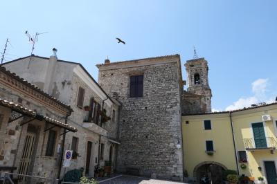 美しき南イタリア旅行♪ Vol.636(第21日)☆Bomba:美しき村「ボンバ」ハヤブサが飛ぶ風景♪