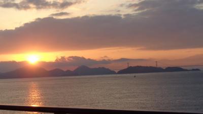 チャータークルーズで行く屋久島と五島列島(13) 瀬戸内クルーズ 来島海峡大橋付近。