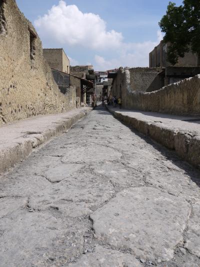 2018年イタリア旅行~ナポリ編⑥(エルコラーノで古代ローマ世界に迷い込む)