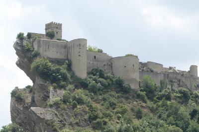 美しき南イタリア旅行♪ Vol.645(第21日)☆Roccascalegna:絶景の美しき「ロッカスカレーニャ城」♪