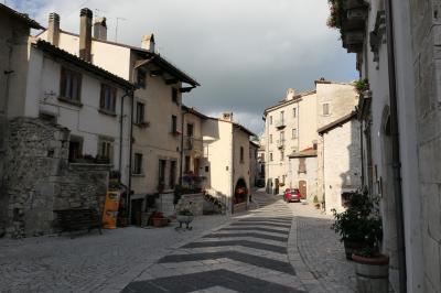 美しき南イタリア旅行♪ Vol.652(第21日)☆イタリア美しき村「ペスココスタンツォ」黄昏の美しい花街♪