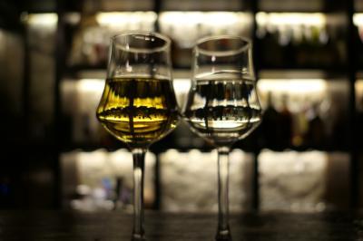 美しき南イタリア旅行♪ Vol.660(第21日)☆ペスココスタンツォの素敵なバー:Vin Cafe Dal Corvoまったりと食後酒♪