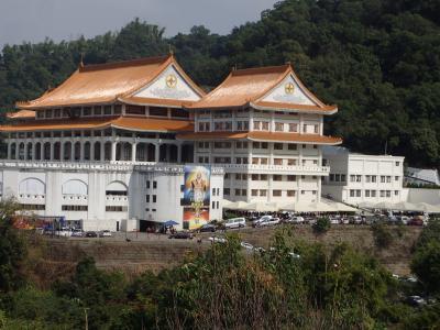 南投草屯臺灣雷蔵寺に遠征・帰りに適当に入った麺館。