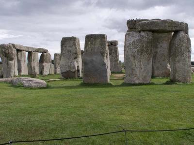 イギリス縦断11日間・・・・6)古代温泉の街バースから謎の世界遺産ストーンヘンジへ