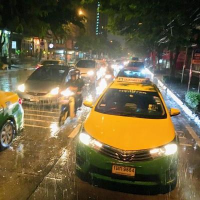 【要チェック】バンコクナビ:日本人がバンコクでタクシー乗る時の心構え・指示の仕方・乗り方・運賃!