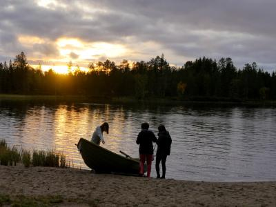 2018.9フィンランド職員旅行6-シモ湖の休日2 釣り,ボート遊び,バーベキュー,サウナ,ドライブ