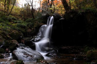 ◆晩秋の奥久慈・名残り紅葉の湯岐雷滝&湯岐不動滝
