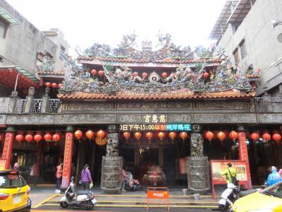 一泊二日で台北へ。 その5 新北市の板橋慈恵宮から黄石市場へ。。