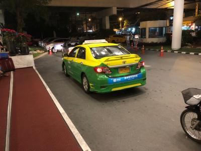 【簡単裏ワザ】バンコク ドンムアン空港から最速最安でタクシーに乗る方法