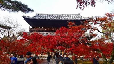 京都市 南禅寺の紅葉。