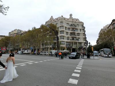パリ、アイスランド、バルセロナ!盛り沢山旅行記 10日目(今日はカサミラ、そしてショッピング)