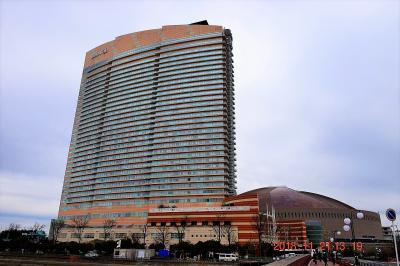 2018 晩秋の福岡へ・・・1日目-2【宿泊レポ☆58】 全室オーシャンビューの巨大ホテル ヒルトン福岡シーホーク