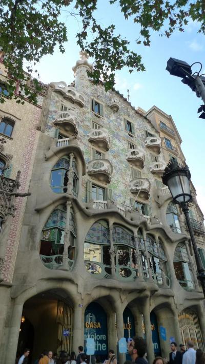 スターアライアンス ビジネスクラスで行く3週間で世界一周(22)「バルセロナ2日目 カサバトリョ・ビセンス」
