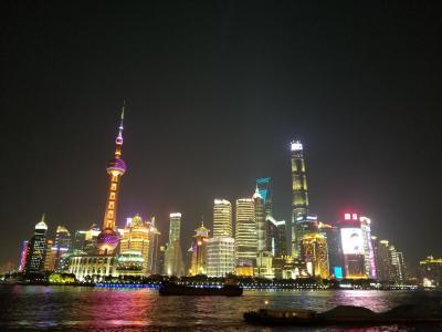 久しぶりに上海に行って、昔の仲間と楽しく食事、さらなる発展に驚かされる
