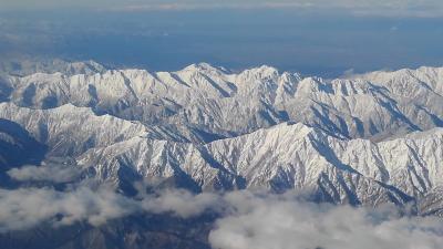 空から見た初冬の中部山岳