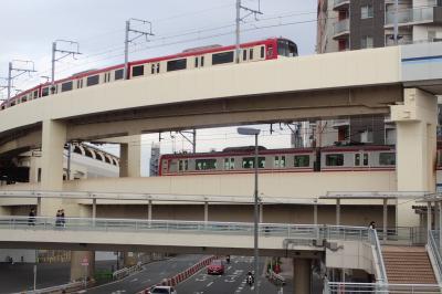 羽田国内線ターミナルからの徒歩脱出経路を探せ!京急の羽田空港から品川まで全駅をサイクリング